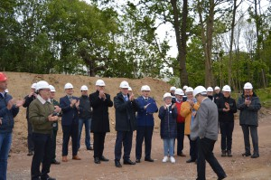 6-2019-05-06_eerstesteenlegging-trainingscentrum-aanwezigen